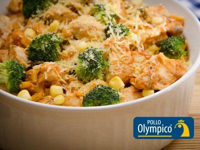 Pollo en salsa de maíz y brócoli