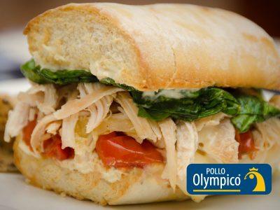 Sandwich de Pollo con Queso Brie
